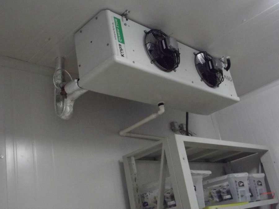 Внутренний блок холодильной установки.
