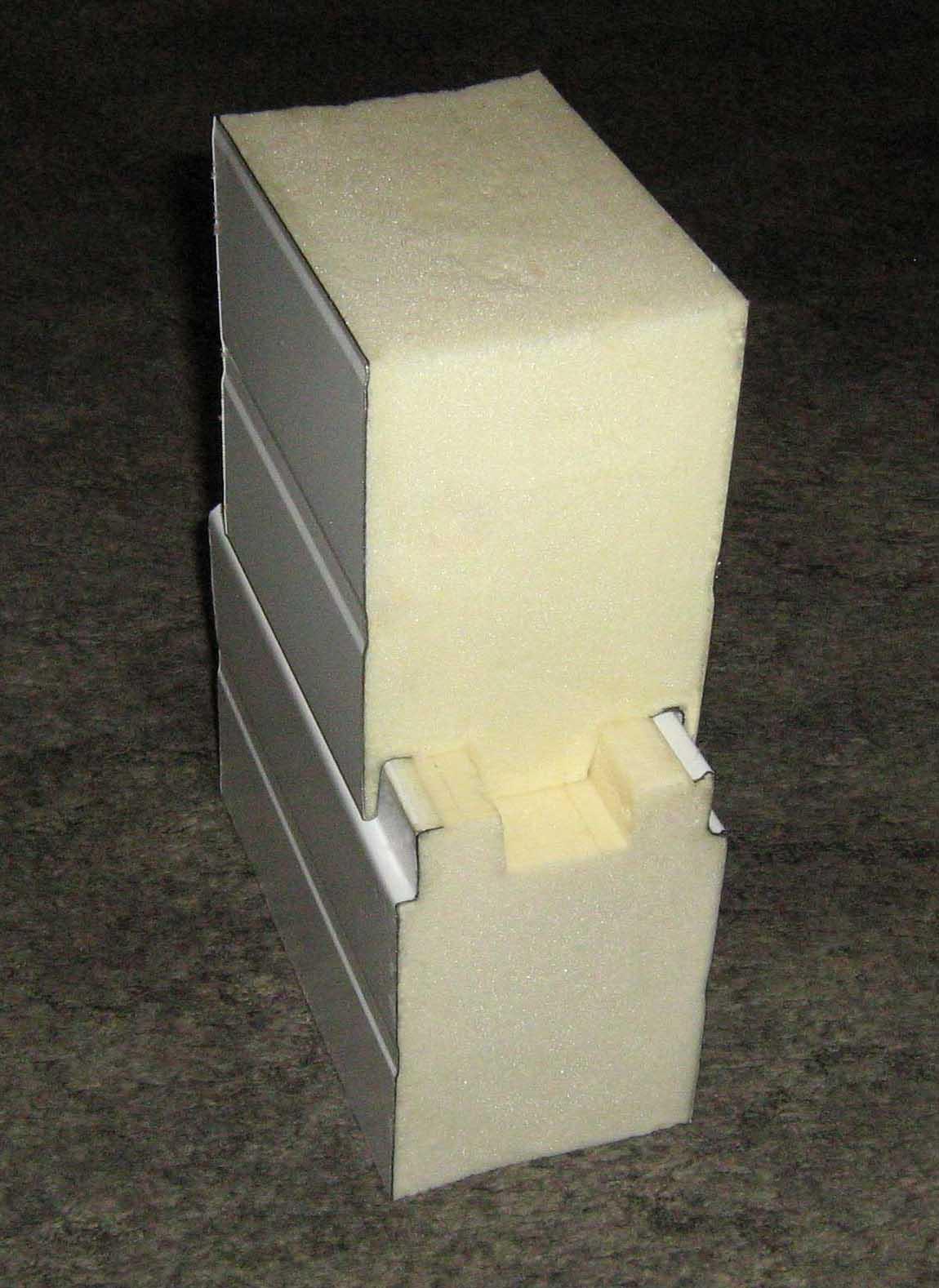 Стыковка сэндвич-панелей с наполнителем ППУ.