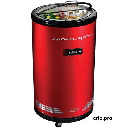 Холодильник в форме банки пива