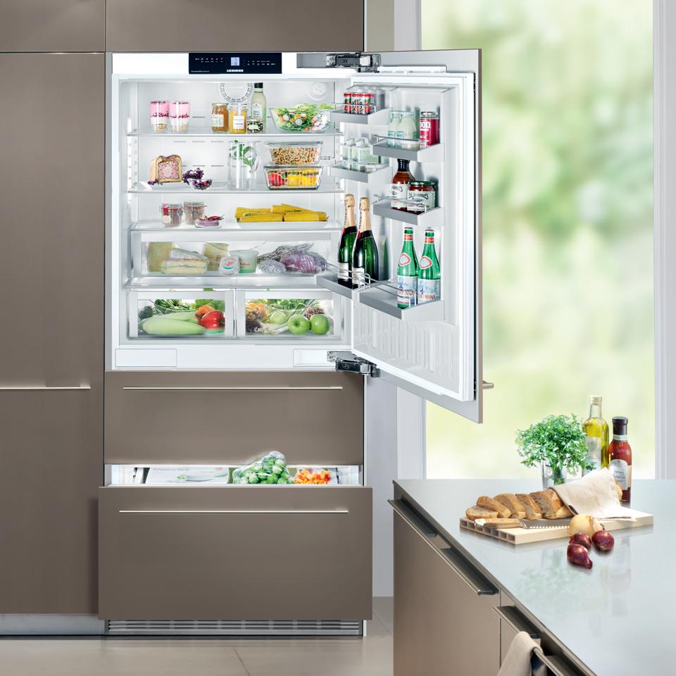 Либхер холодильник
