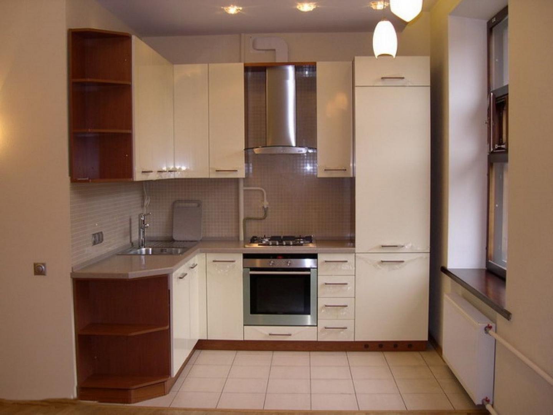 Холодильник на кухне 9 квадратов