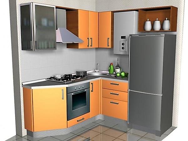 Холодильник на небольшой кухне светлый