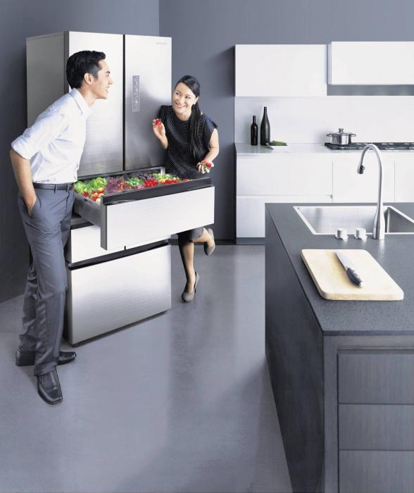 Самсунг холодильник на кухне