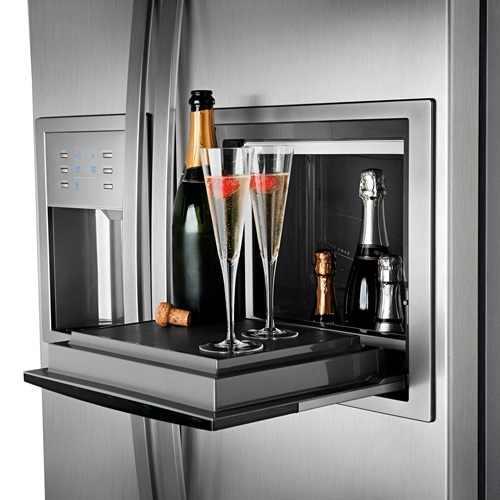 Холодильник и шампанское