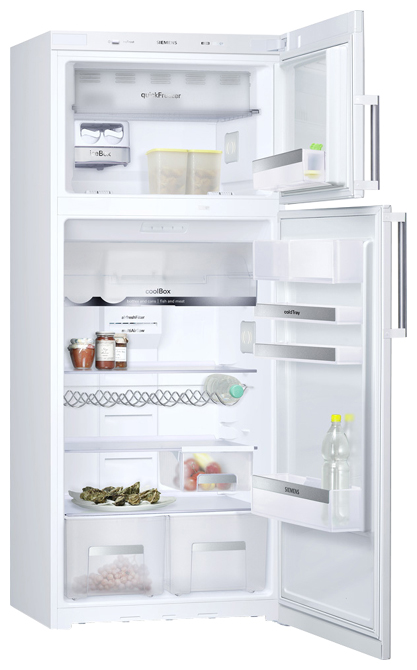Двухкамерный холодильник Siemens. Вид изнутри.