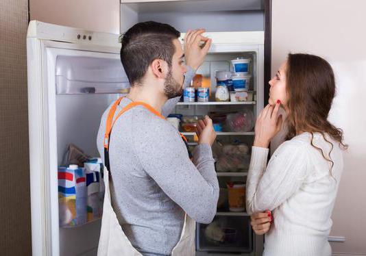 Холодильник аристон не выключается постоянно работает