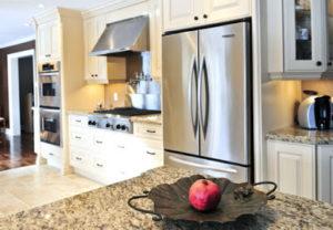 Холодильник D